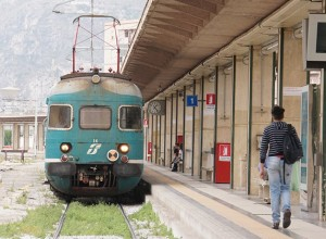パレルモ中央駅